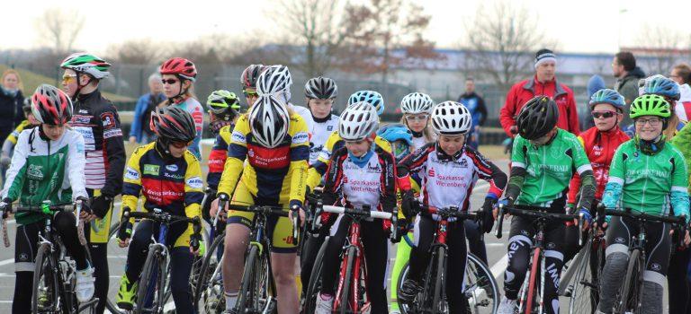 Fotos vom Radrennen in Oschersleben online